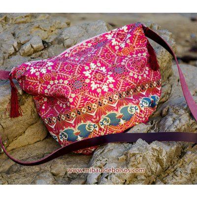 Bandolera-Tailandesa-rosa-detalles