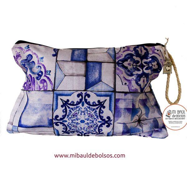 Cartera-de-mano-mosaico-azul