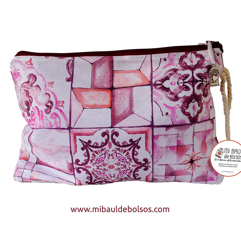 Cartera-de-mano-mosaico-rosa