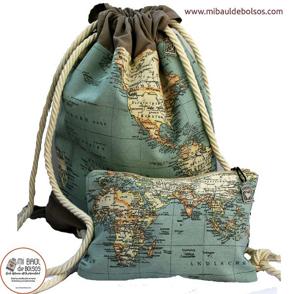 Pack-mochila-y-estuche-colección-mapamundi-verde